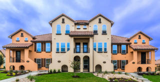 Versante Canyon Townhomes by Ashton Woods