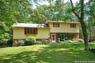 39 Whitney Drive, Woodstock NY
