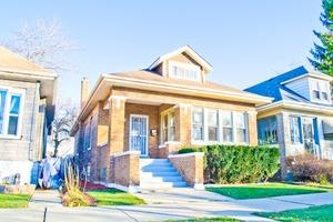 10115 South Emerald Avenue, Chicago IL