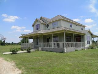 684 County Road 3370, Ladonia TX