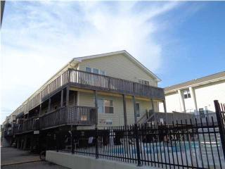 344 E Beach Blvd #14, Gulf Shores, AL 36542