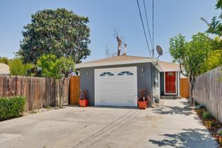 576 3rd Ave, Redwood City, CA