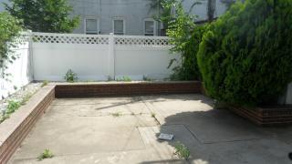 156 92nd St, Brooklyn, NY 11209