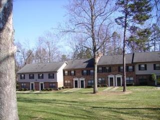 1220 Carriage House Ln, Gastonia, NC 28054