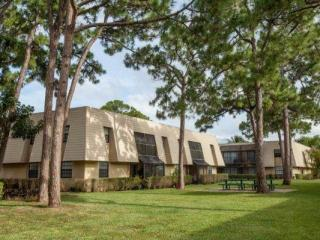 4120 Union Square Blvd, Palm Beach Gardens, FL 33410