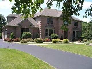 2503 Dunham Woods Rd, Harvard, IL 60033