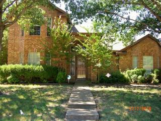 646 Autumn Oaks Drive, Allen TX