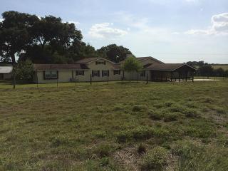 257 County Road 137, Hallettsville, TX 77964