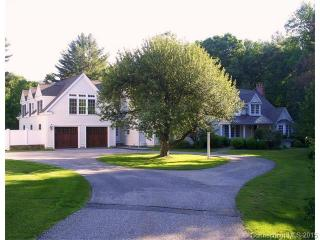 225 Wells Hill Rd, Lakeville, CT 06039