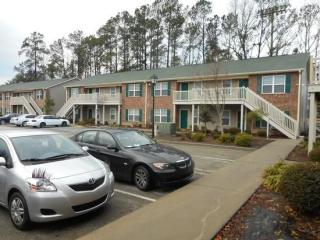 111 Sandy Run Dr, Hinesville, GA 31313