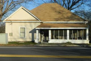 301 N Clarendon Ave, Scottdale, GA 30079