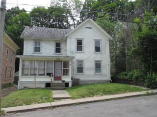 14 Reynolds Avenue, Oneonta NY
