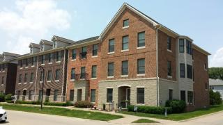 1128 Foster Rd, Iowa City, IA 52245