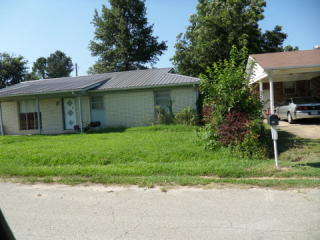 105 Phillips Dr, Cardwell, MO 63829
