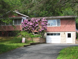 581 Twin Lakes Road, Shohola PA