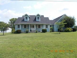 4394 Pembroke Rd, Hopkinsville, KY 42240
