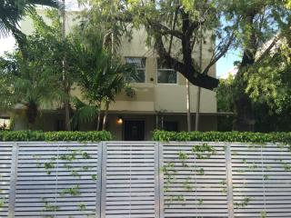 833 West 39th Street #1, Miami Beach FL