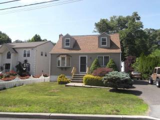 95 Linda Vista Avenue, North Haledon NJ
