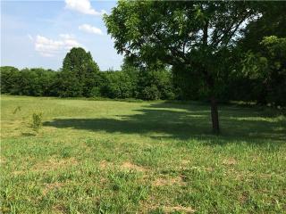 1708 Oak Trail Dr, Columbia, TN 38401