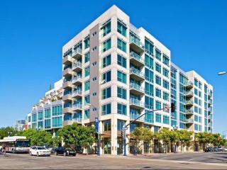 707 10th Ave, San Diego, CA 92101
