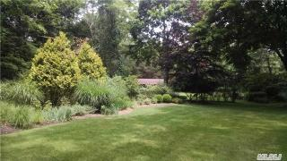 49 Old Meeting Hous Road, Quogue NY