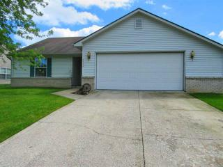 8226 Maple Valley Drive, Fort Wayne IN