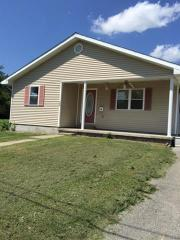523 W Geiger St, Morganfield, KY 42437