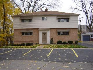 6 Parkview Pl, Ann Arbor, MI 48103