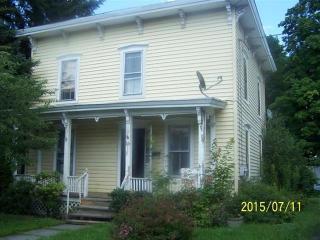16 Academy St, Oneonta, NY 13820