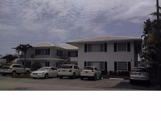 2824 NE 32nd St, Fort Lauderdale, FL 33306
