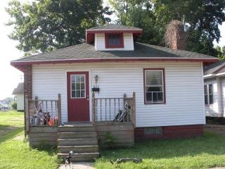 823 N 4th St, Vincennes, IN 47591