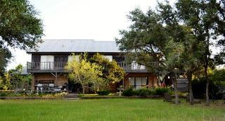 103 Cedar Cir, Sheridan, TX 77475
