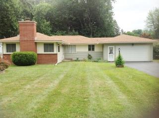 450 Buckman Rd, Rochester, NY 14615