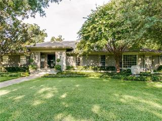 6711 Robin Rd, Dallas, TX 75209