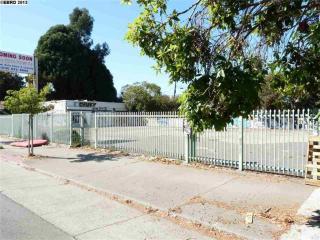 557 Merrimac Street, Oakland CA