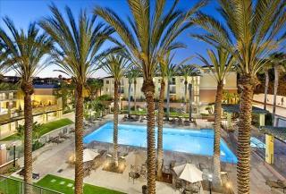 8700 Pershing Dr, Playa del Rey, CA 90293