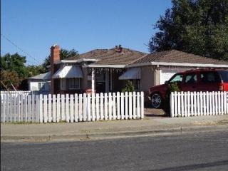 Andrew Ave, Pittsburg, CA 94565