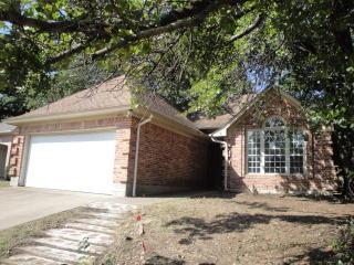 4904 Arborgate Dr, Arlington, TX 76017