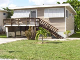 911 3rd Street, Fort Myers Beach FL