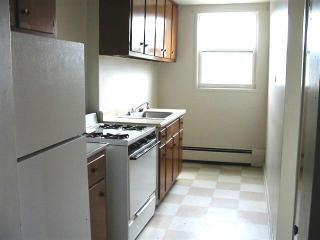 161 Ballantyne Rd, Syracuse, NY 13205