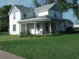 310 N Main St, Attica, KS 67009