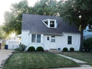 3421 N 98th St, Milwaukee, WI 53222