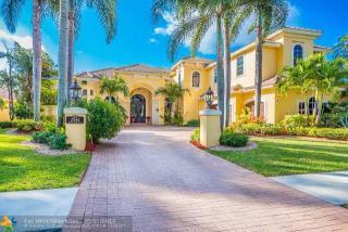 2544 Royal Palm Way, Weston FL
