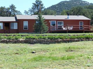 762 16th Trl, Cotopaxi, CO 81223