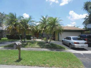 621 Northwest 76th Terrace, Plantation FL