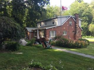 11 Holly Drive, New Fairfield CT
