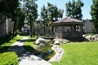 5600 Orangethorpe Ave, La Palma, CA 90623