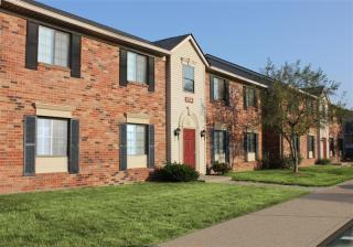 9955 Fulbrook Dr, Indianapolis, IN 46229