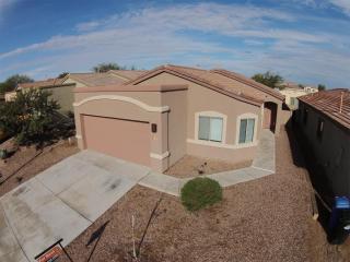 329 E Camino Rancho Seco, Sahuarita, AZ 85629