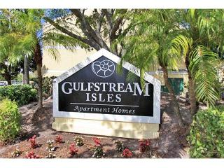 1601 Red Cedar Dr, Fort Myers, FL 33907